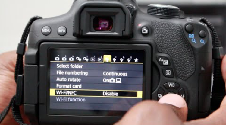 How to Connect Canon Camera to the Computer